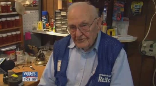 Inspiring: 100-year-old Man Still Volunteers 20 Hours A Week