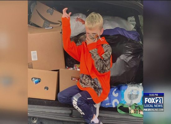 7-yr-old Boy Collects Donations for Homeless