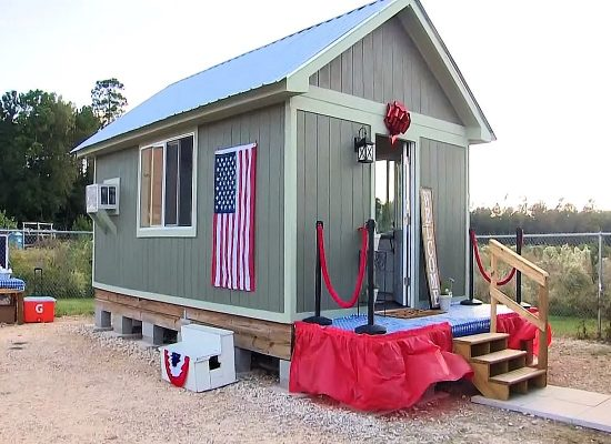 Texas Students Build Tiny Homes To Help Homeless Veterans
